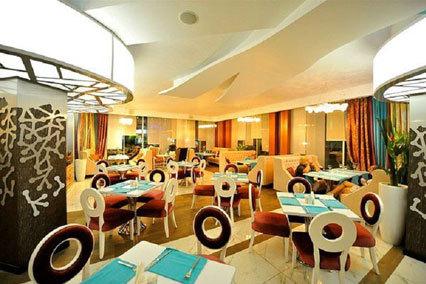 Гостиничный комплекс Альбатрос,Ресторан «Облака»