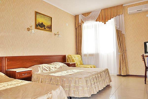 Отель Оливия,Стандартный 3-местный