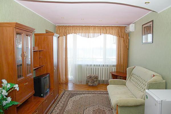 Пансионат Украина-1,Люкс 2-местный 2 комнатный 6-этажный корпус