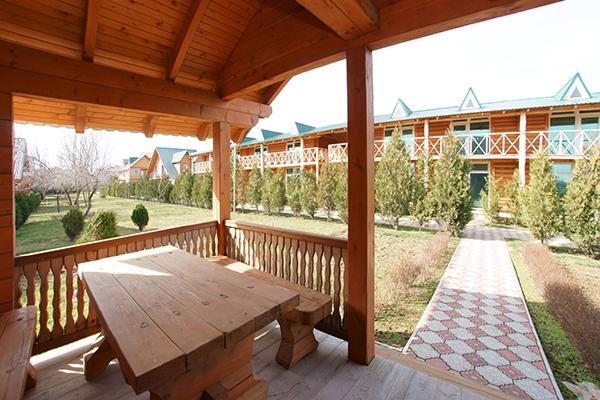 Пансионат Украина-1,Терасса Люкс 2-местный 1-комнатный в деревянном коттедже