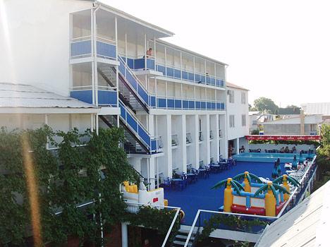 Отель Орешник ГК ,Внешний вид