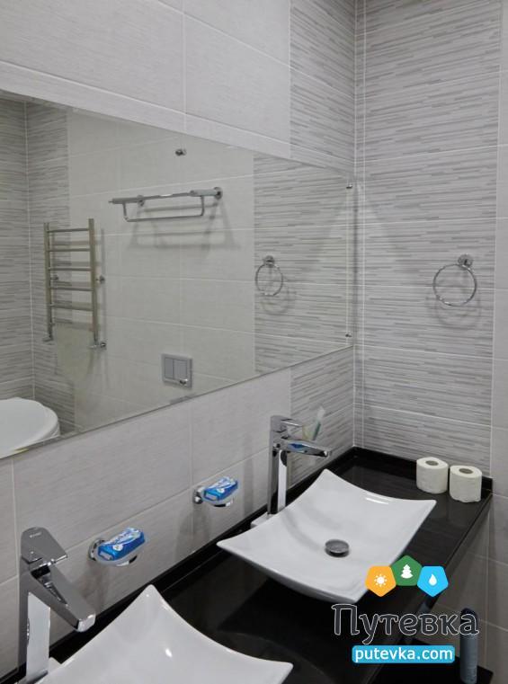 Фото номера Люкс 2-местный 2-комнатный (2 этаж), 4