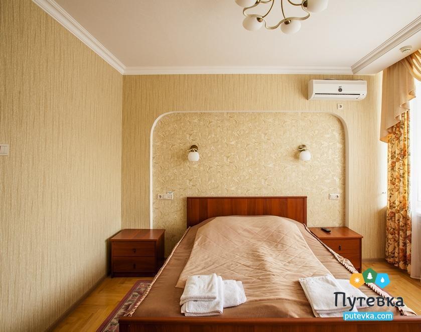 Фото номера Люкс 2-местный 2-комнатный (713, 213, 313), 2