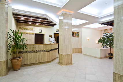 Отель Форум,Служба размещения