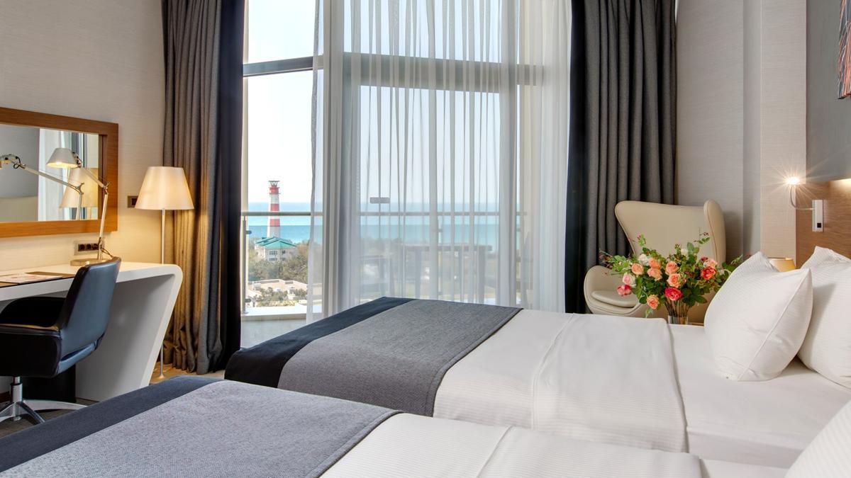 Отель Кемпински Гранд Отель Геленджик,Делюкс 2-местный с видом на море