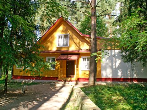 Парк-отель Ярославль,6-местный коттедж