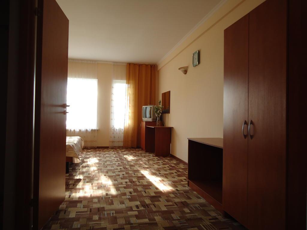 Отель Дайв,18982090