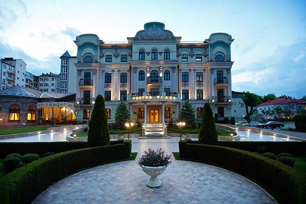 Отель Понтос Плаза,Фасад