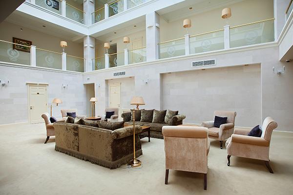 Отель Понтос Плаза,Атриум