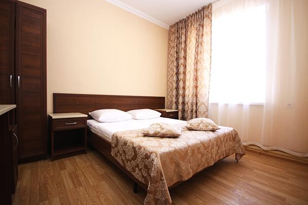 Люкс 4-местный 2-комнатный