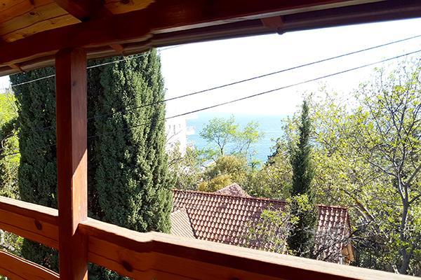 Деревянный Коттедж, вид с балкона