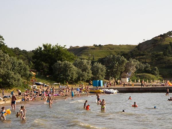 Пляж п.Песчаное