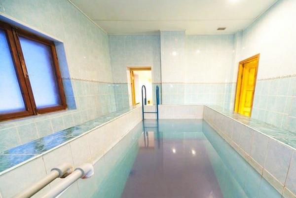 Санаторий Пралеска,Бассейн в бане