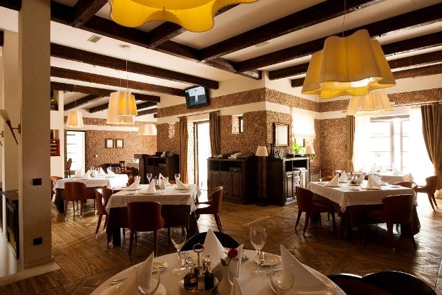 Клубный отель Крымский Бриз ,Ресторан Основной зал