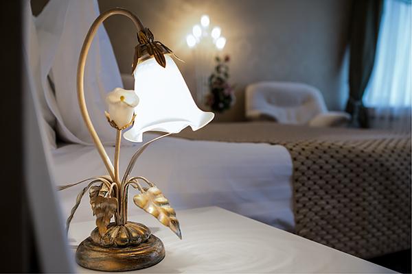 Свадебный фисташковый лампа