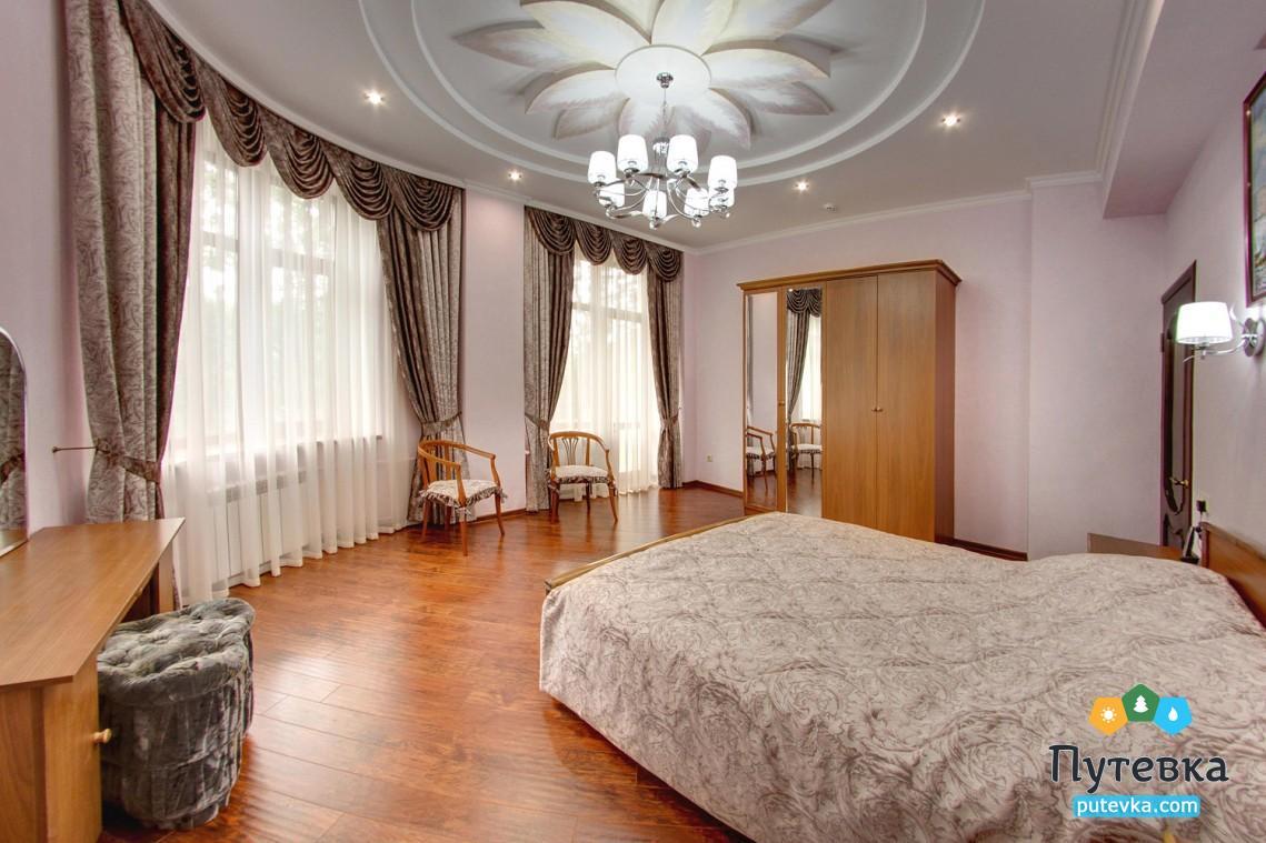 Фото номера Апартамент 2-местный 3-комнатный, 2