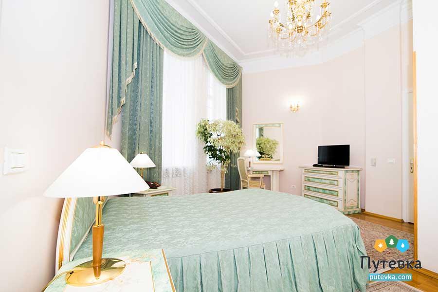 Люкс 2-местный 2-комнатный №103, 203 (корпус №4), фото 11