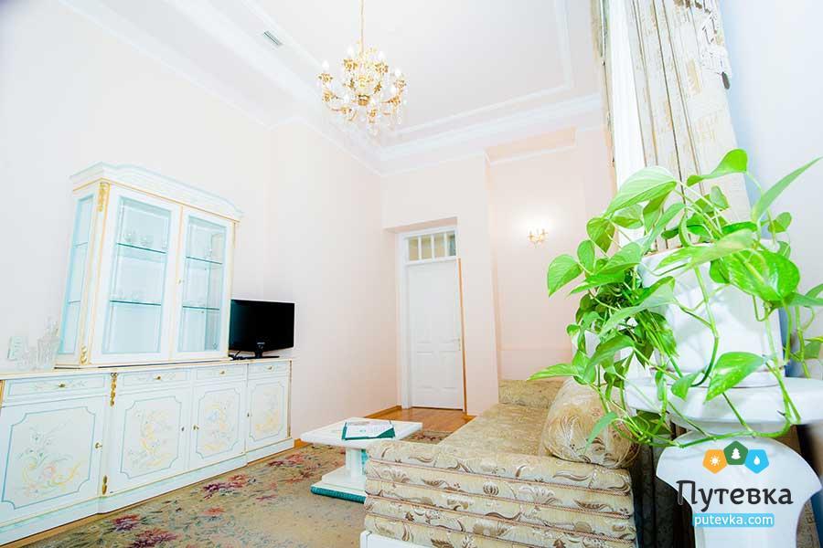 Люкс 2-местный 2-комнатный №101, 201, 202 (корпус №4), фото 5