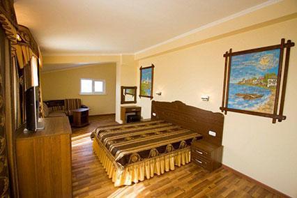 Гостиница Сибирь,2--местный Полулюкс