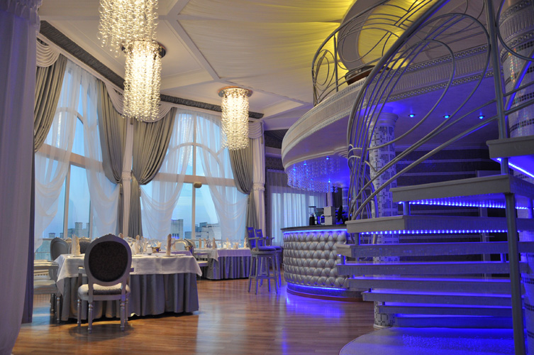 Отель  Украина Палас (Ukraine Palace),Sky-бар