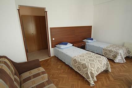 Гостевой дом Валенсия (Анапа-центр),Стандарт 4-местный 2-комнатный