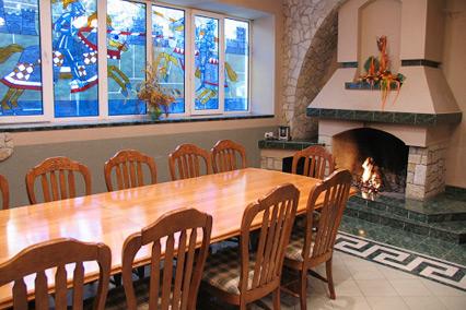 Каминный зал ресторана «Пир»