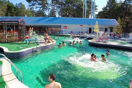 База отдыха Верхний бор,Открытый термальный бассейн
