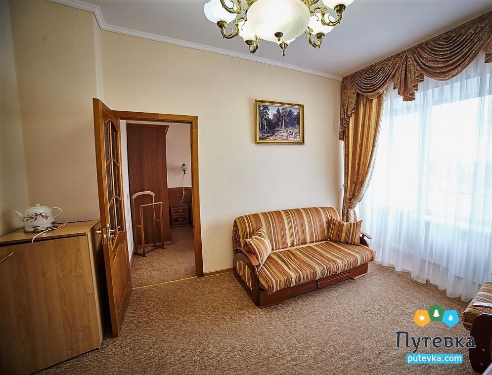 Фото номера Семейный 2-местный 2-комнатный (325, 425), 2