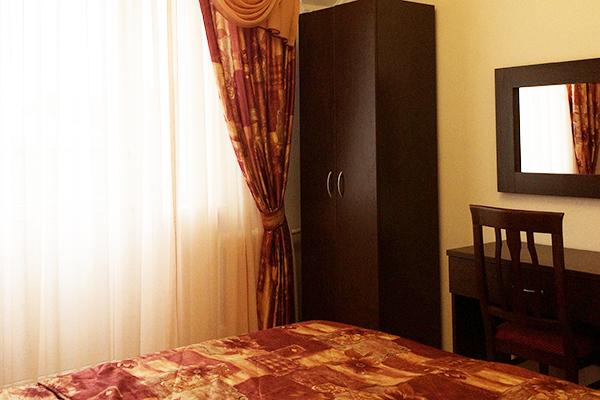 Отель Ардо,Полулюкс 3-местный 2-комнатный