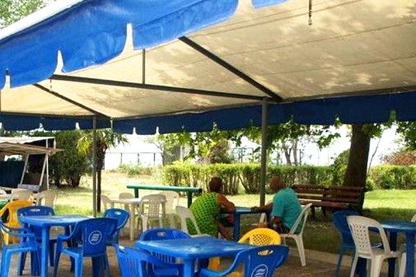 База отдыха Эра,Кафе на территории